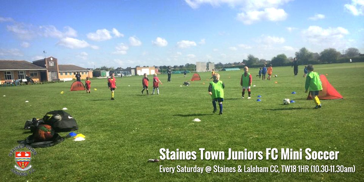 Staines Town Juniors FC Mini Soccer